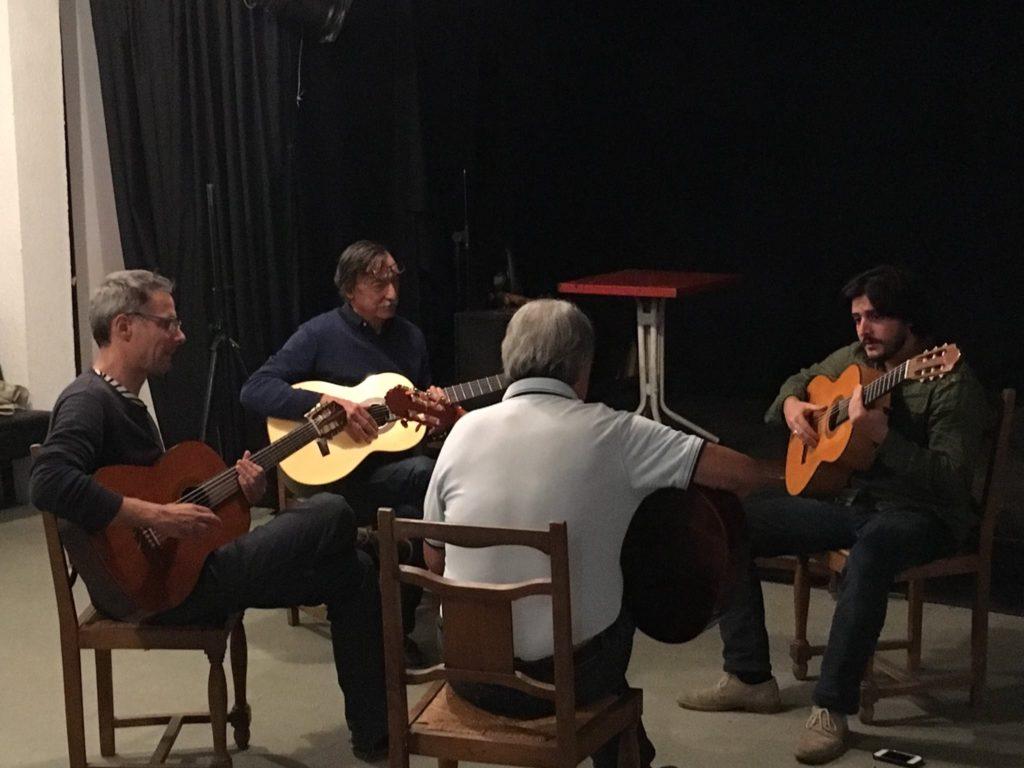 Elèves cours guitare flamenco à Bordeaux
